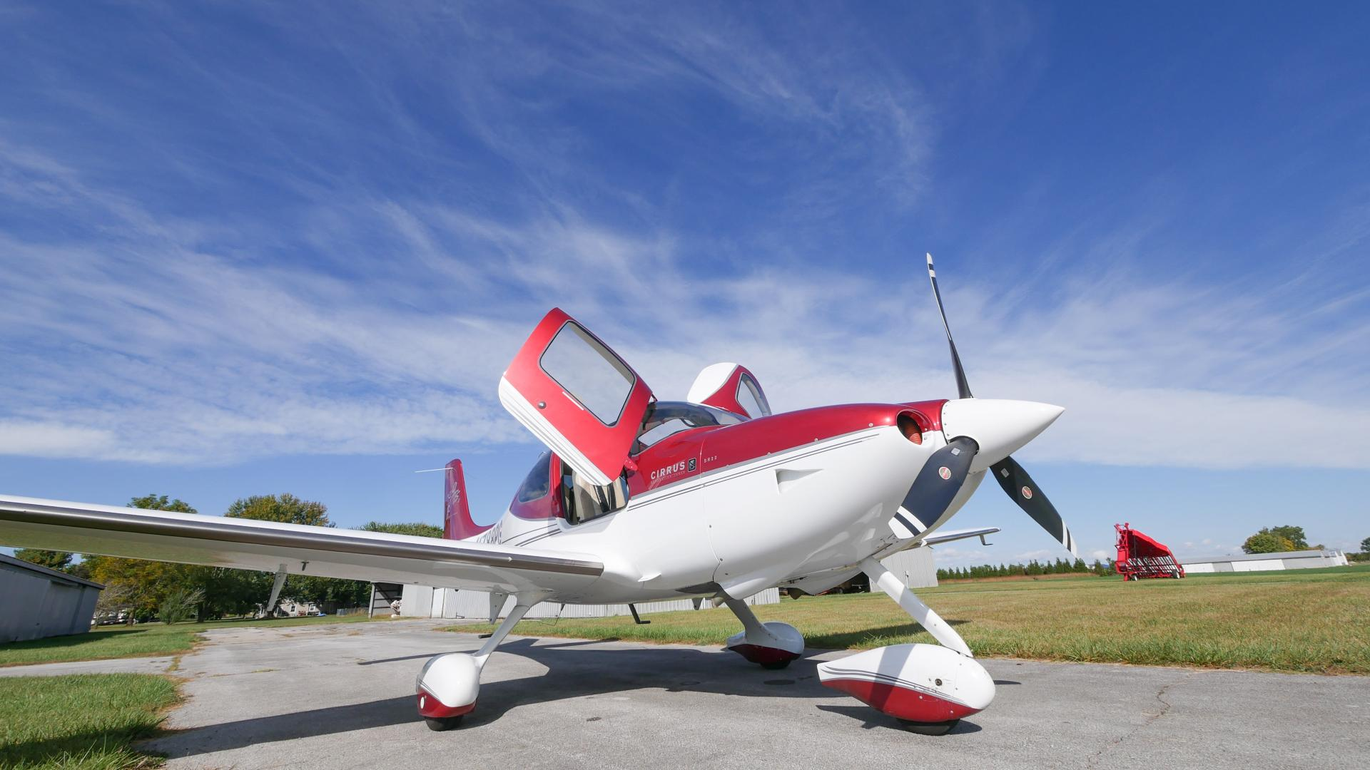 2008 Cirrus SR22 GTS G3 Perspective
