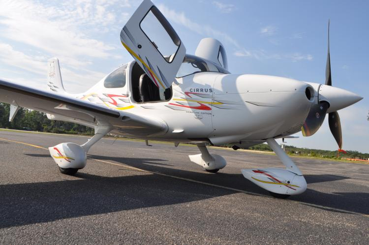 2006 Cirrus SR22 Turbo Signature Edition