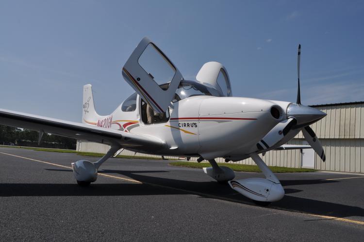 2004 Cirrus SR-22 G2