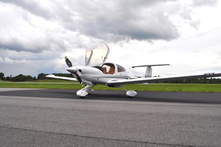 2008 Diamond DA40XLS